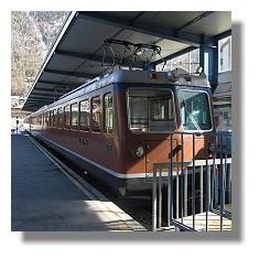 [Foto:zermatt-gornergratbahn-ankunft.jpg]